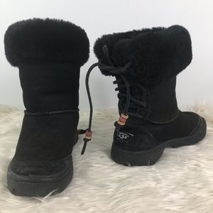 Ugg Australia short boot lace up beaded strings